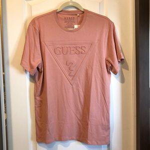 NWT GUESS 3-D LOGO T-shirt *FIRM*